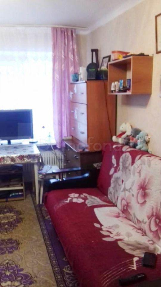 Квартира Комната В 1-Комн. Квартире, 12 М², 1/5 Эт. Городок